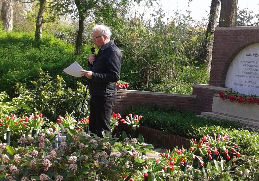Herdenking-2014-Westerveld_3-Ron-Blom-houdt-een-korte-toespraak-1
