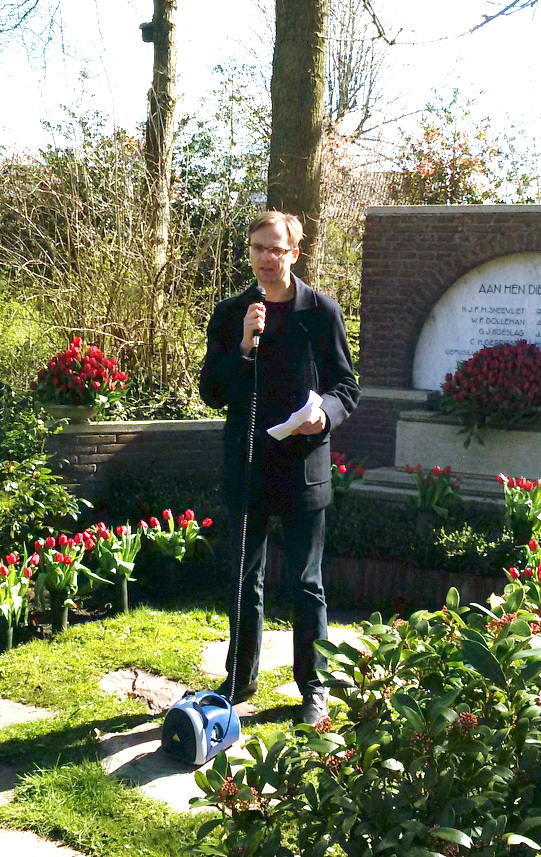 Herdenking-2016-Westerveld_3-Bart-van-der-Steen-tijdens-de-herdenking