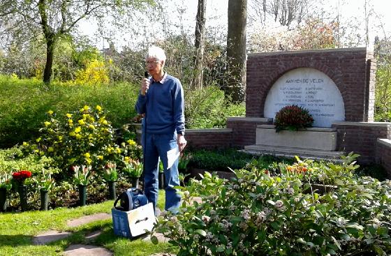 Herdenking-2017-Westerveld_1-Dick-de-Winter-tijdens-de-herdenkingsbijeenkomst